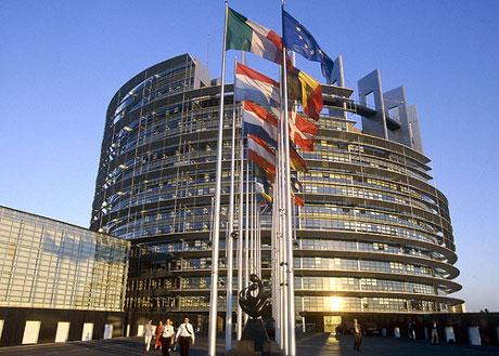 """Investimenti UE, Rossi: """"Piano Juncker deludente, proporrò emendamenti per la Toscana"""""""