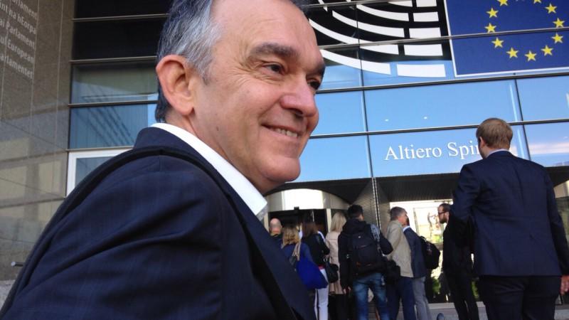 Enrico Rossi: Vince chi occupa il centro? Solo se non perde a sinistra